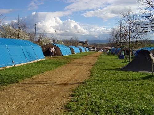 Zeltplatz mit Zelten und Zelte Taize